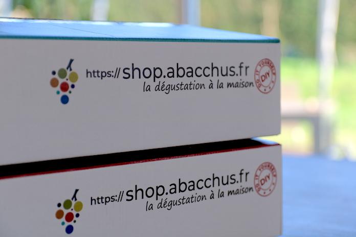 test avis abacchus degustation de vin carton