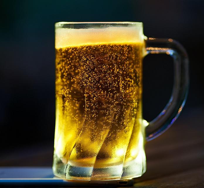 accessoire alcool cadeau amoureux adorateur biere fabrication tireuse verre choppe