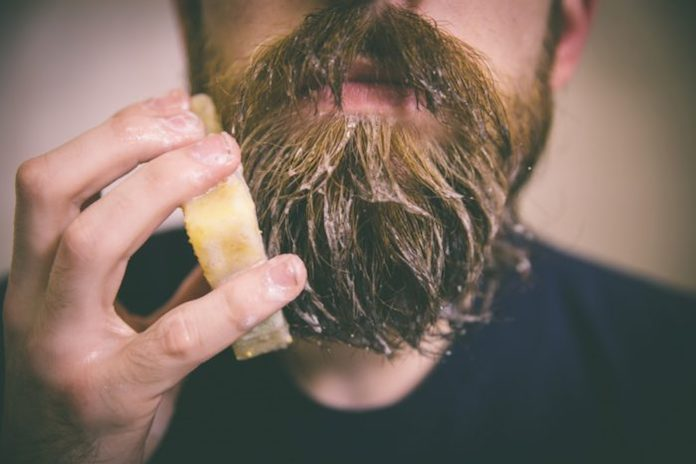 comment-avoir-une-barbe-douce-shampoing-pour-barbe