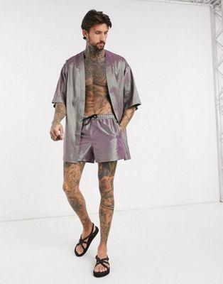 look tenue ete homme 2020 asos ensemble chemise short irise miroir reflechissant
