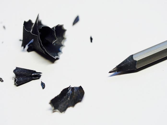 taille crayon manuel mecanique electrique materiel apprendre debuter dessin