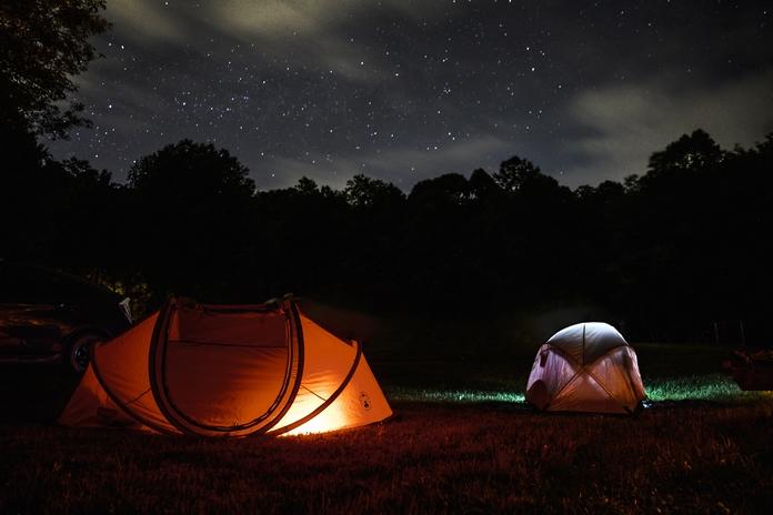 lumiere lampe camper accessoire materiel led camper exterieur solaire rechargeable puissante