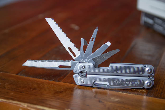 test avis leatherman p4 pince multifonction outils scie