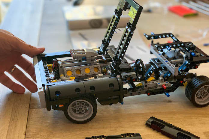 test avis lego fast and furious dodge charger dom assemblage
