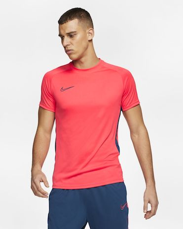 20-objets-homme-moins-20-euros-t-shirt-sport-nike
