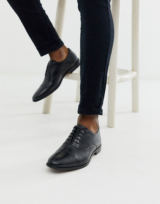 chaussure soiree look inspiration inspire film serie cinema cinematographie role acteur john wick outfit