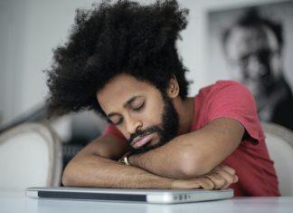 conseil reveil bonne humeur bonheur joie matin facile blog homme analyse qualite sommeil dormir insomnie