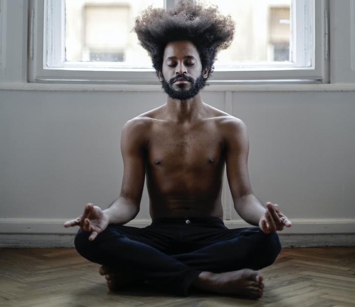 conseil reveil bonne humeur bonheur joie matin facile blog homme analyse qualite sommeil dormir morning routine eveil esprt meditation