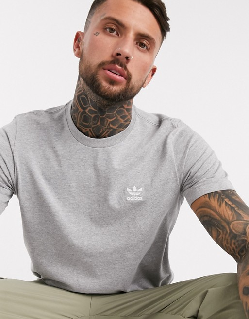 look style mode homme 2020 ete outfit tenue idee vetement t shirt gris adidas decontracte casual