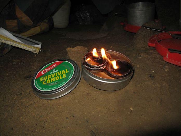 objets-essentiels-survie-bougies