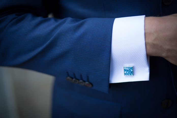 bouton machette homme chemise mode accessoire indispensable classique style lifestyle classe