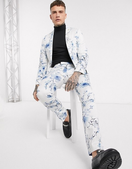 Costume motif original fleuri blanc bleu trois pieces deux pieces pas cher mariage ceremonie