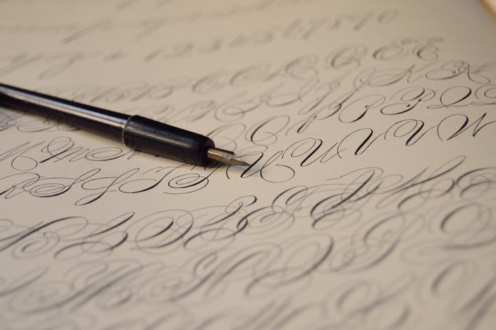 materiel accessoire calligraphie ecriture carnet feuille cahier exercice vierge apprentissage pas cher