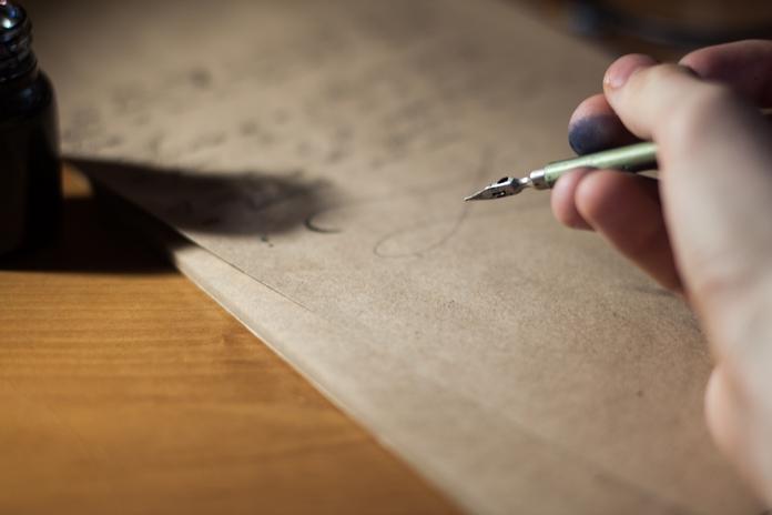 materiel accessoire calligraphie ecriture plume ancienne encre professionnel pas cher