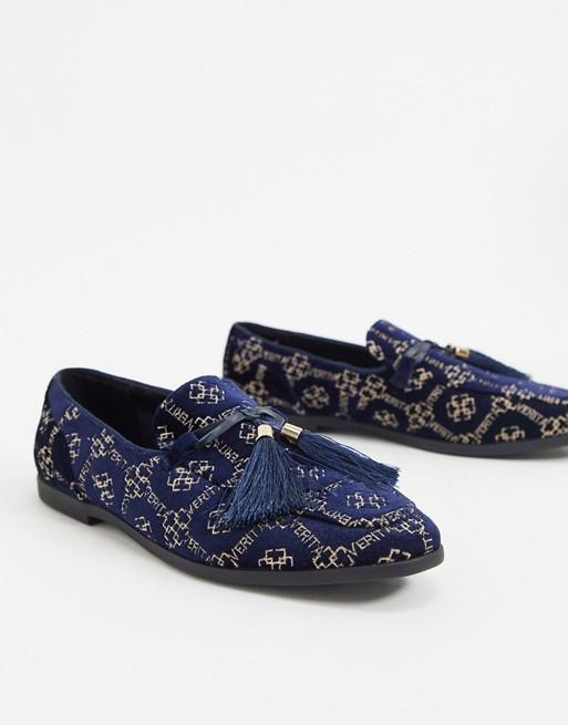 mocassin chaussure homme costume soiree pas cher bleu fonce marine royal velour motif or dore