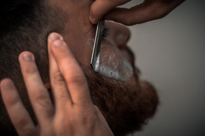 comment avoir barbe douce shampoing adoucir sèche