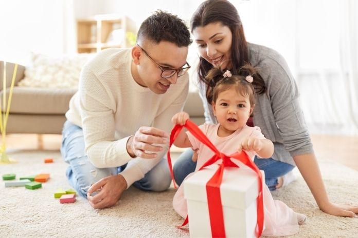 idee cadeau bebe enfant pas cher moins 30 euros
