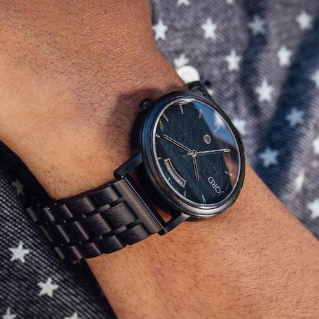 jord-idees-cadeaux-montre-bois
