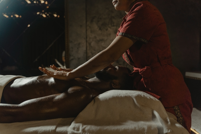 bienfaits massage corps esprit emotion