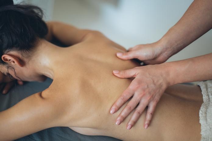 comment bien masser etre bon masseur faire massage