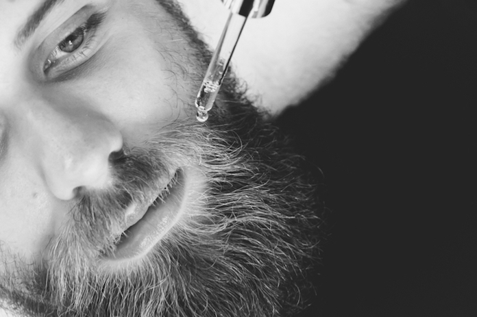 pellicules-barbe-enlever-huile-a-barbe