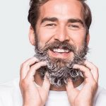 pellicules-barbe-enlever-shampoing-barbe