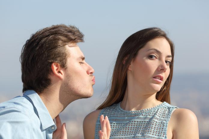 Comment etre en couple sortir friendzone