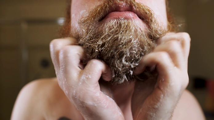 meilleur-shampoing-barbe-application