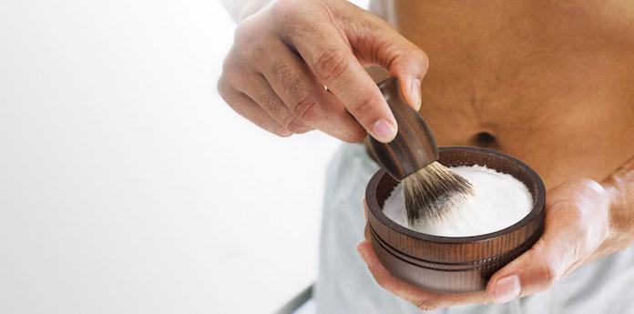 meilleurs-savons-a-barbe-comment-faire-mousser