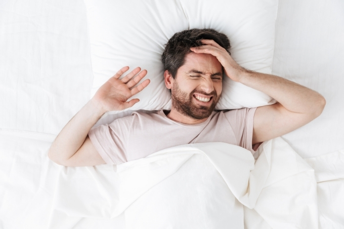 Mal de tete orgasme sexe pendant amour