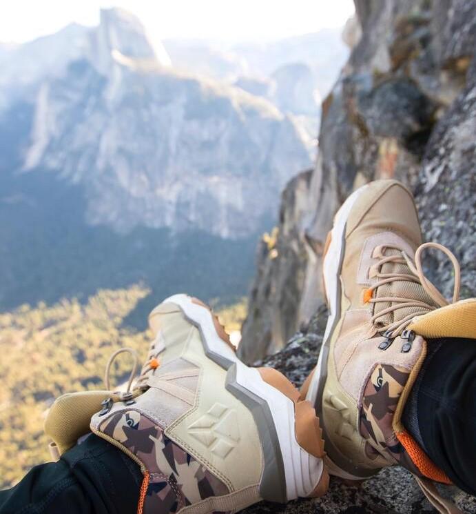 10-accessoires-a-avoir-pour-une-randonee-reussie-les-chaussres-de-marche