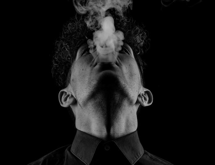 5 astuces pour avoir des dents blanches rapidement-arrete-de-fumer