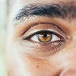 Comment-avoir-beaux-sourcils-homme-entretenir-sourcils