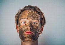 Comment-bien-entretenir-une-peau-grasse-masque