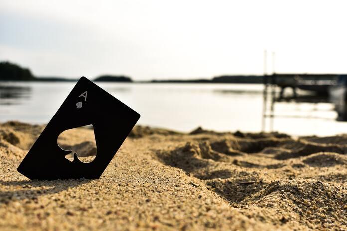 jeu de cartes plage