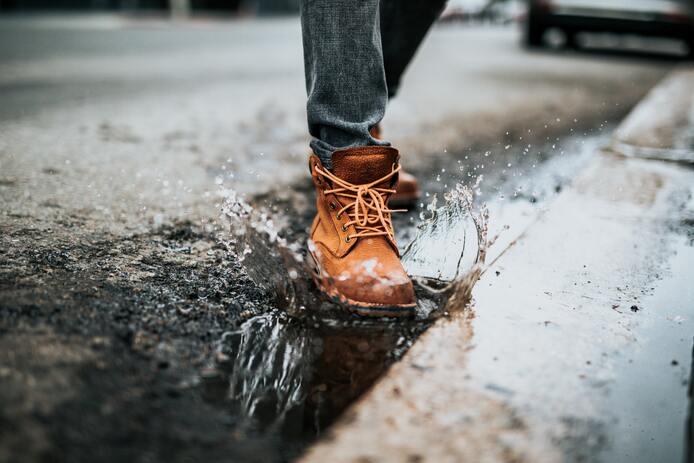 moins transpirer des pieds, chaussures fermées