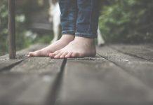 moins transpirer des pieds, rester pieds nus