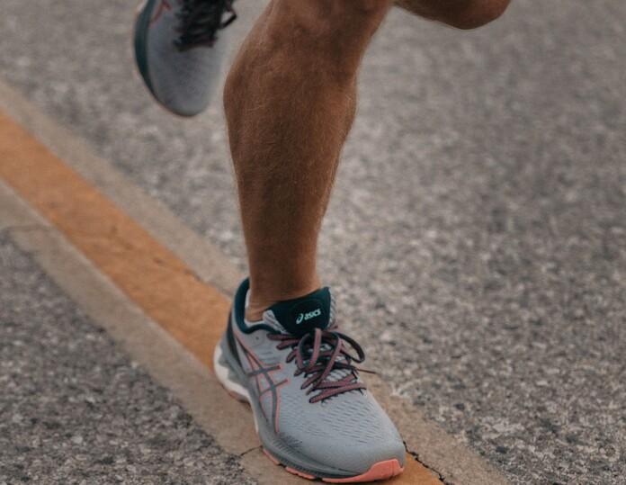 moins transpirer des pieds sport