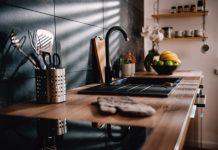 Ustensiles de base cuisine emmenagement essentiel
